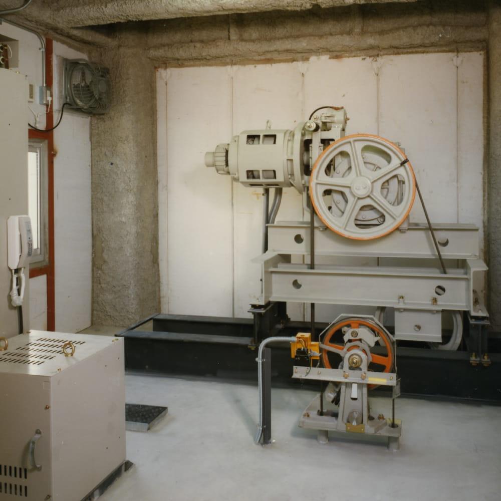 RSビルEV機械室写真