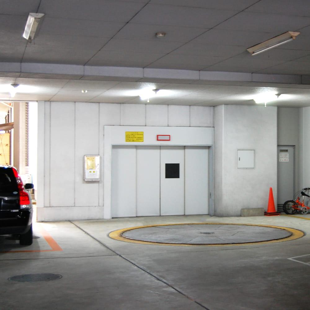 RSビル立体駐車場写真